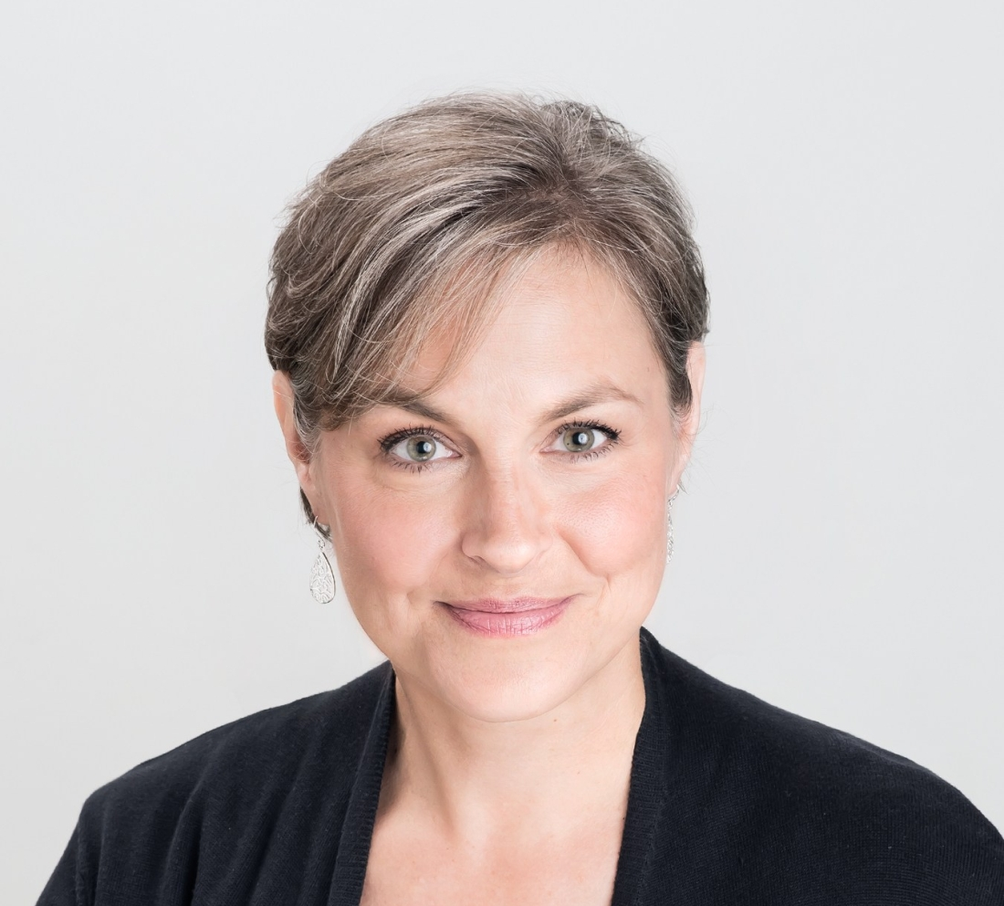 Author photo of Alison Hughes